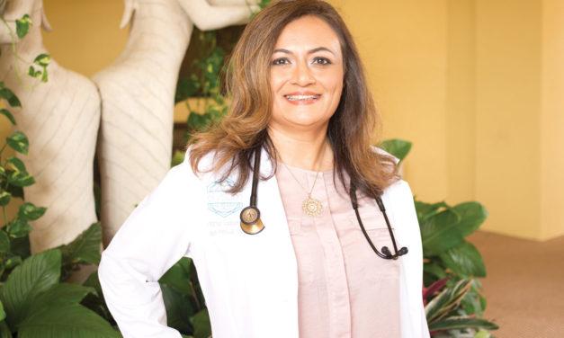 Dr. Mahnaz Qayyum   Family Care Specialists of Orlando