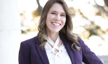 Dr. Lara Hitchcock